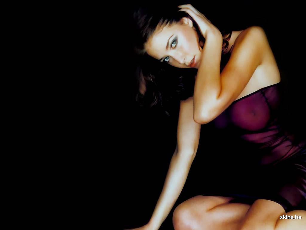 http://4.bp.blogspot.com/_GCAuqodmOE4/TLHksBDQkMI/AAAAAAAADvk/OUaMExSgKlY/s1600/lisa-snowdon-1024x768-5000.jpg