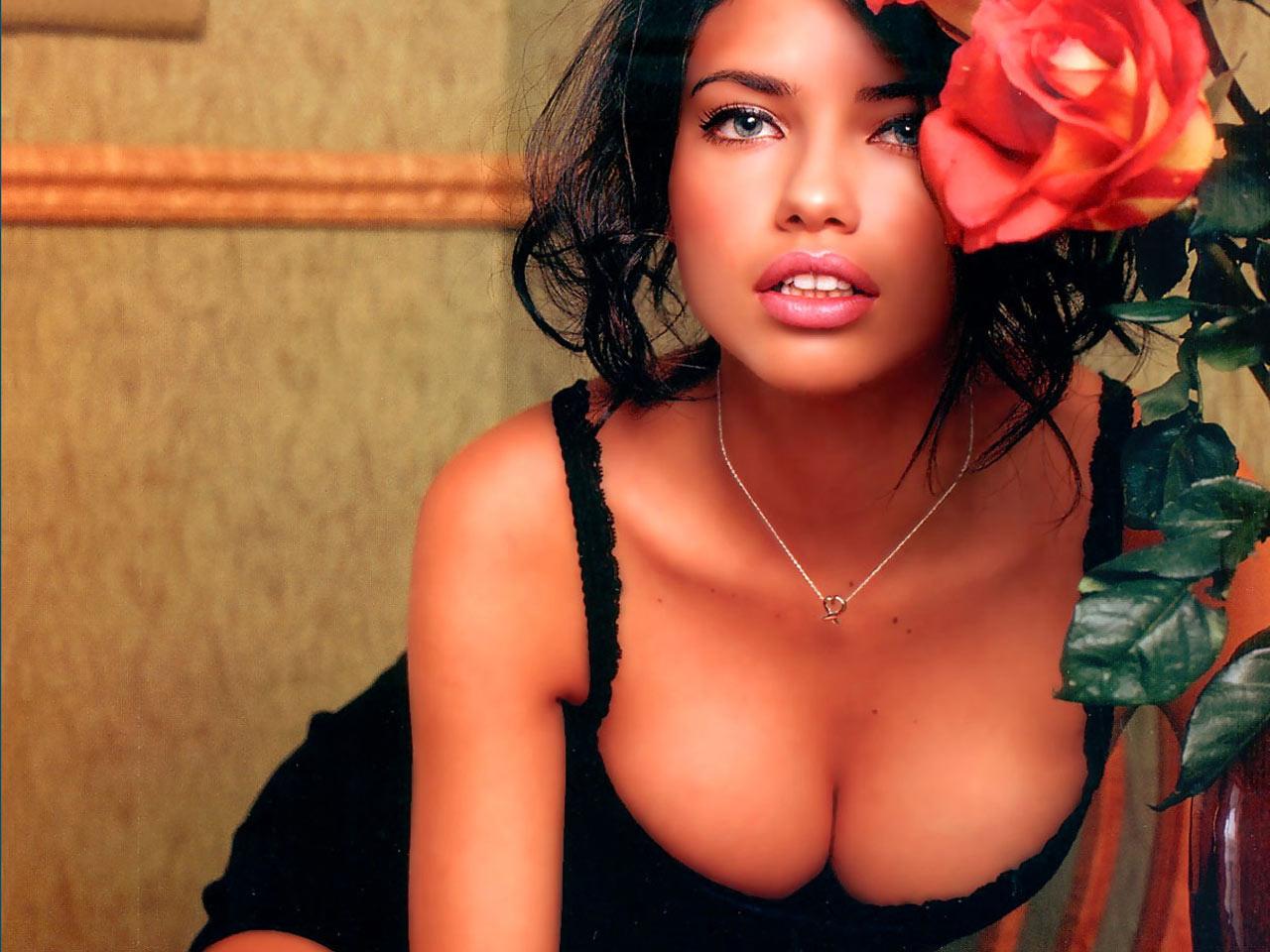 http://4.bp.blogspot.com/_GCAuqodmOE4/TOMY9rmZbkI/AAAAAAAAE2U/eIFUlZ4kTIc/s1600/Adriana+Lima+%25281%2529.jpg