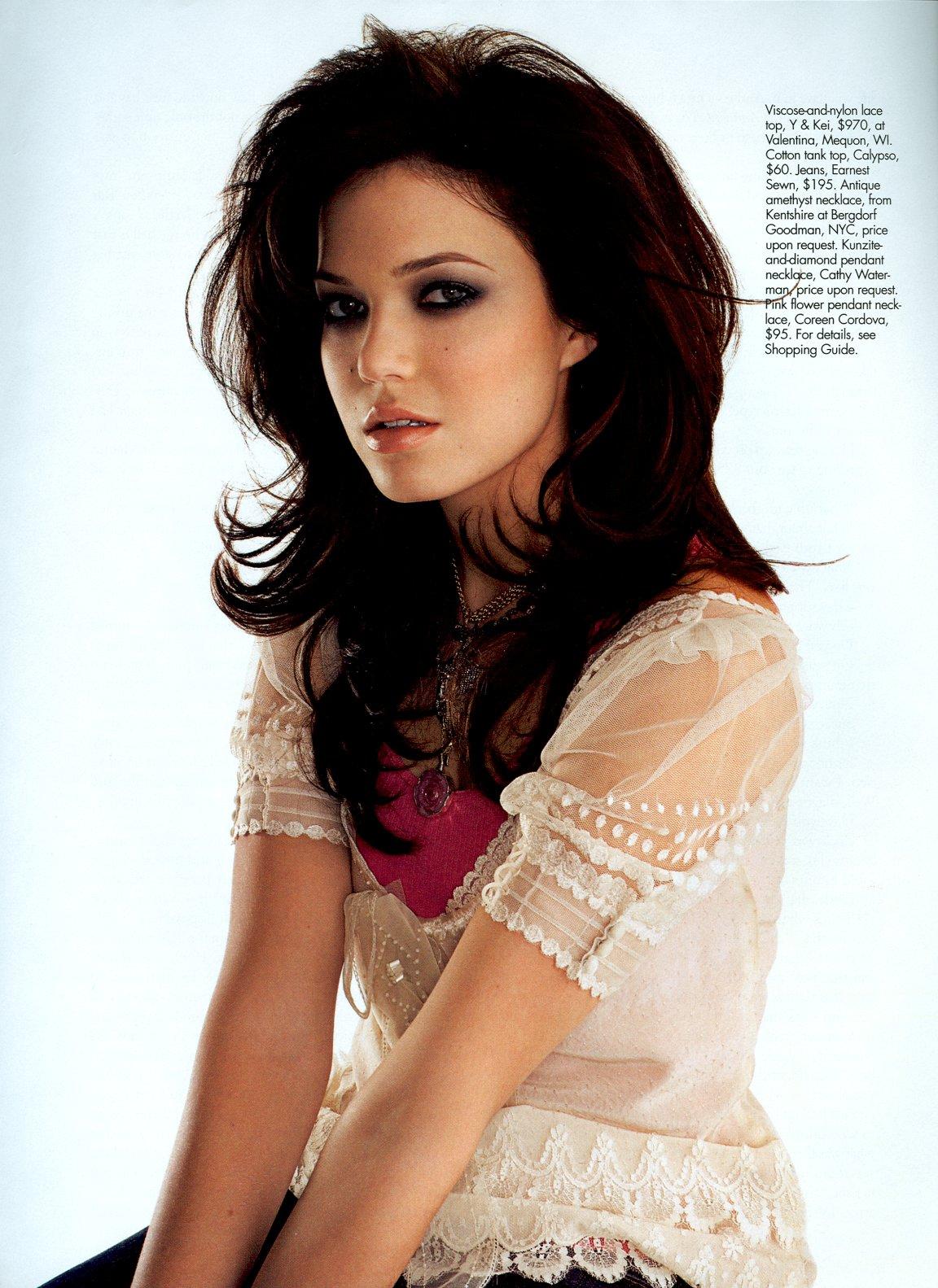 http://4.bp.blogspot.com/_GCAuqodmOE4/TRJnPUVVF9I/AAAAAAAAF6g/5xoPQ2PiYzo/s1600/Sexiest+Mandy+Moore++%252810%2529.jpg