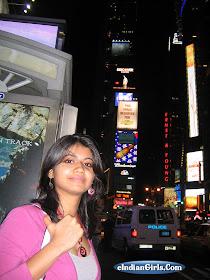 Hot Indian Pakistani Girls Sexy Looks