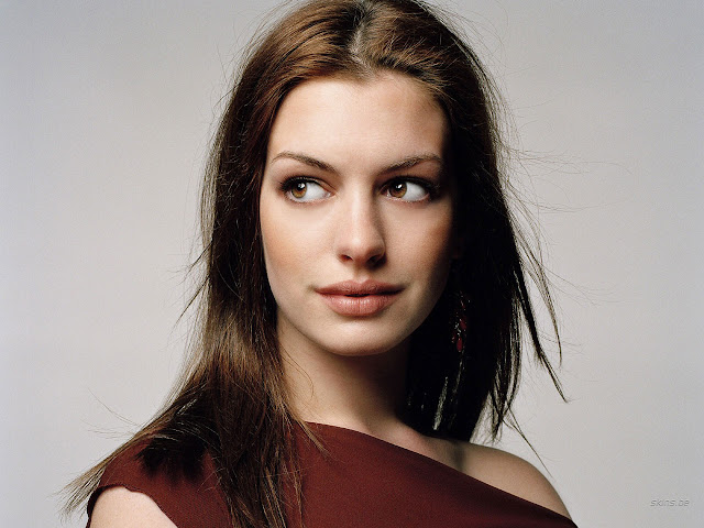 Anne Hathaway Red Dress Modeling Pictures