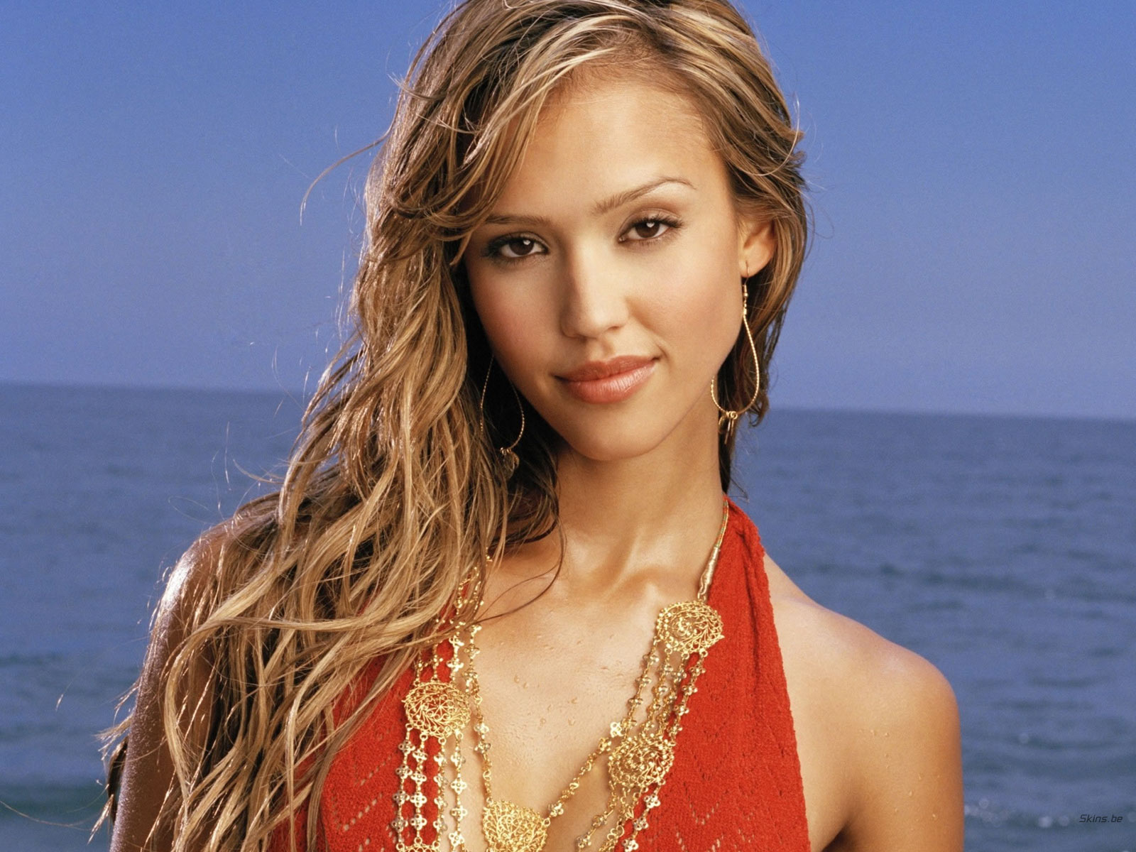 Cong cok hollywood hottie jessica alba hot beach photography for Jessica alba beach pictures
