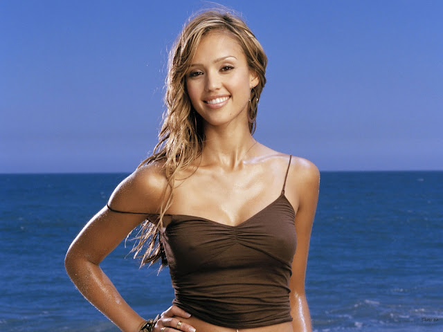 Hollywood Hottie Jessica Alba Hot Beach Photography