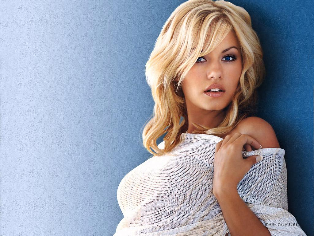 http://4.bp.blogspot.com/_GCAuqodmOE4/TSdPg-EFt6I/AAAAAAAAGrk/9Utsjb9vsnQ/s1600/Sexy+Elisha+Cuthbert+Hot+Unseen+Wallpaper+%25282%2529.jpg