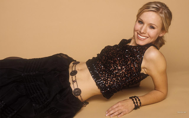 Sexy American Actress Kristen Bell Photo Shoot Pics