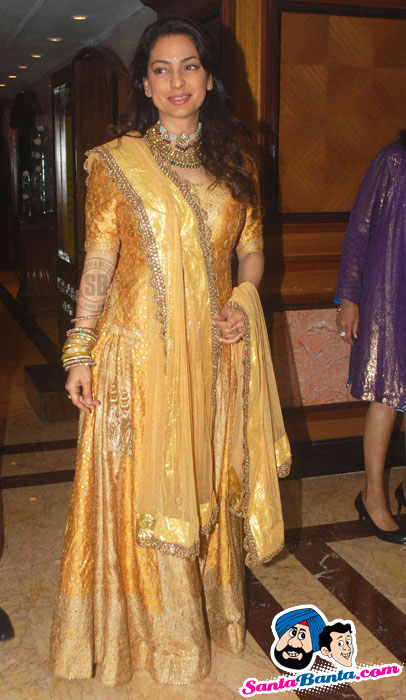 Hot Bollywood Celebrities At Neelam-Sameer Wedding Reception Pictures
