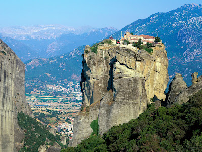 [Monastery+of+Agia+Triada,+Meteora,+Greece.jpg]