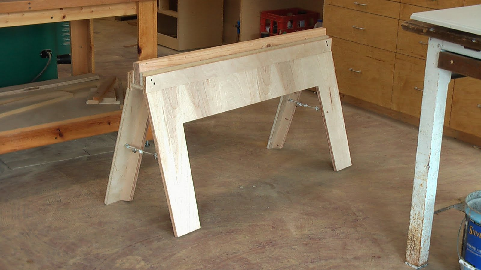 The Woodworking Trip: DIY Folding Sawhorses- First Design