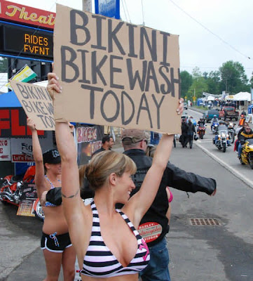 High School Bikini Car Wash http://nebuzz.blogspot.com/