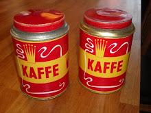 Gamla kaffeburkar