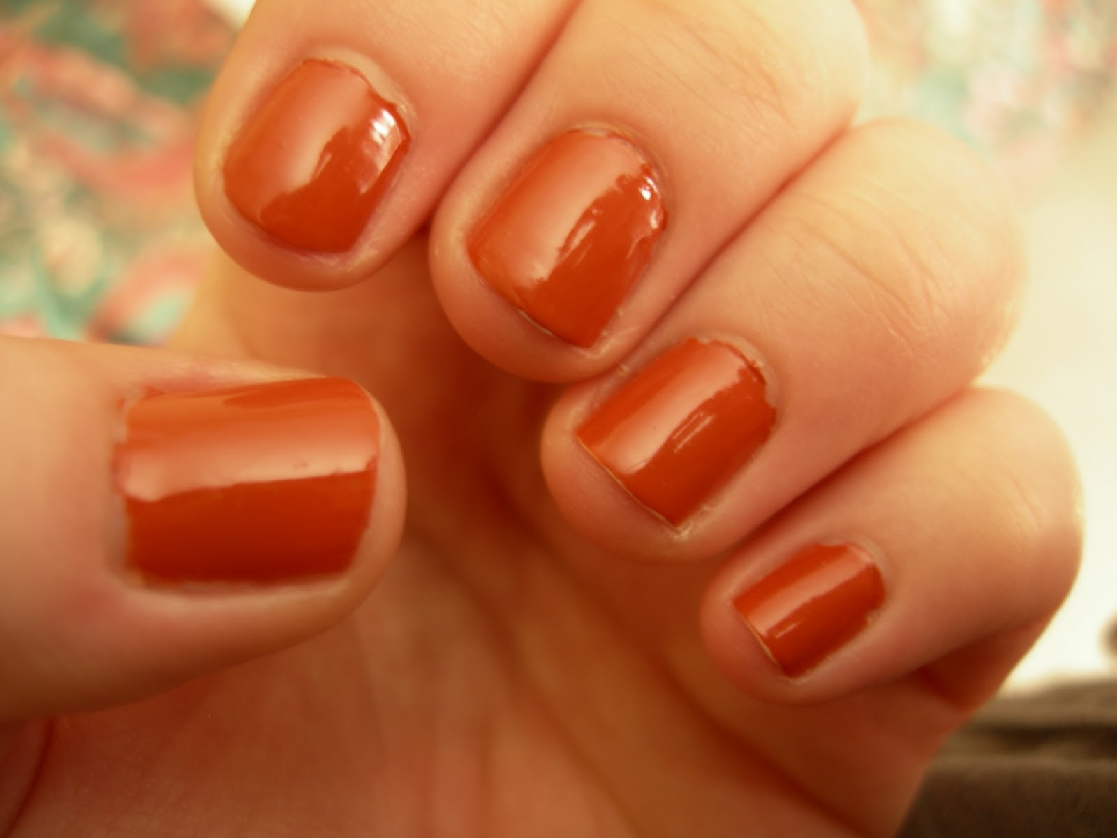 Opi A Good Mandarin Is Hard To Find Vs Hot And Spicy indoors  artificial light