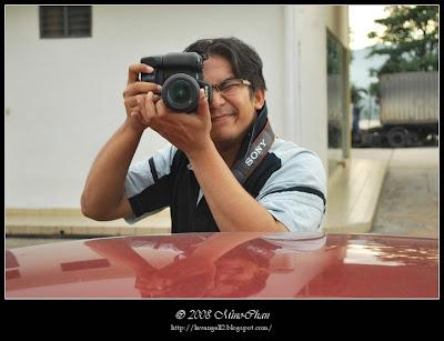 Cameraman @ Work : Mr. Dino