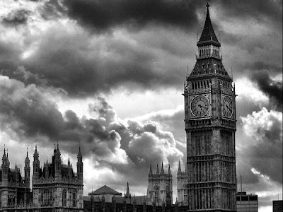 Big Ben and the sky photography by paweldomaradzki