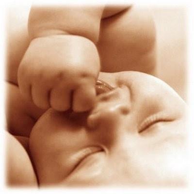 http://4.bp.blogspot.com/_GGTubemJ4Zw/R3o_DqMV7-I/AAAAAAAABXc/Vh2O7zpeNoU/s400/piel-bebe%5B1%5D.jpg