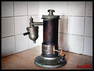 Caffettiera elettrica per espresso