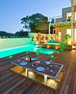 Piscinas y spas piscinas en patios for Piscinas en patios muy pequenos