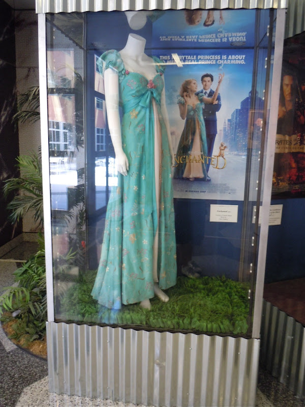 Amy Adams Enchanted movie costume