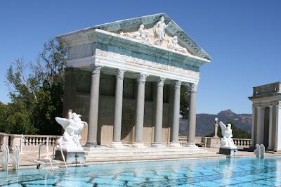 Neptune Pool Heart Castle