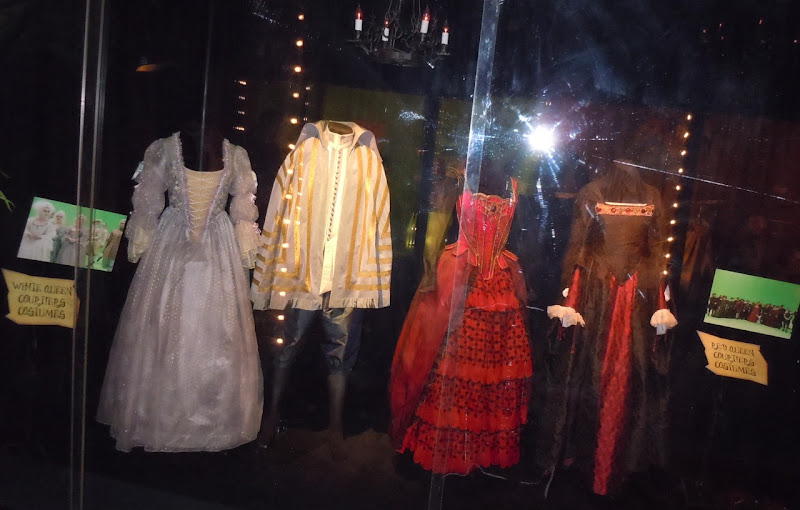 Alice in Wonderland Courtiers costumes