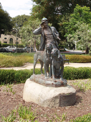 Hunter and Hounds or Le chasseur et les chiens sculpture in Beverly Gardens Park