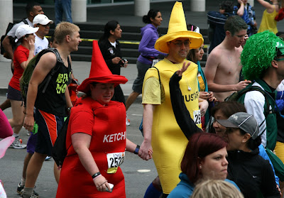 Ketchup and mustard Bay to Breakers 2010