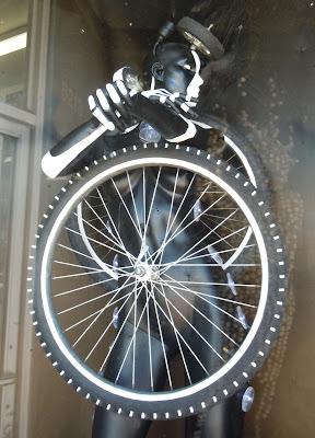 Eiotown bicycle art creation