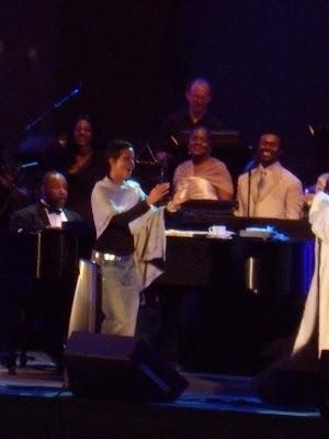Halle Berry at Hollywood Bowl 26 Jun 09