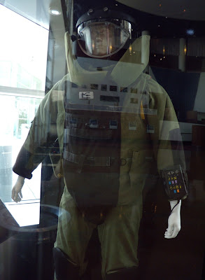 The Hurt Locker bomb suit movie costume