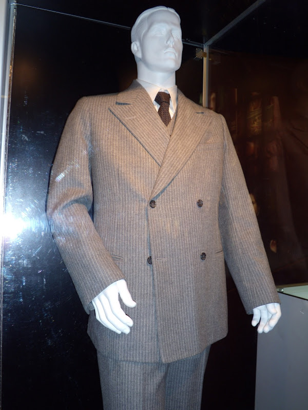 Christian Bale Public Enemies movie costume