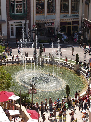 The Grove dancing fountains
