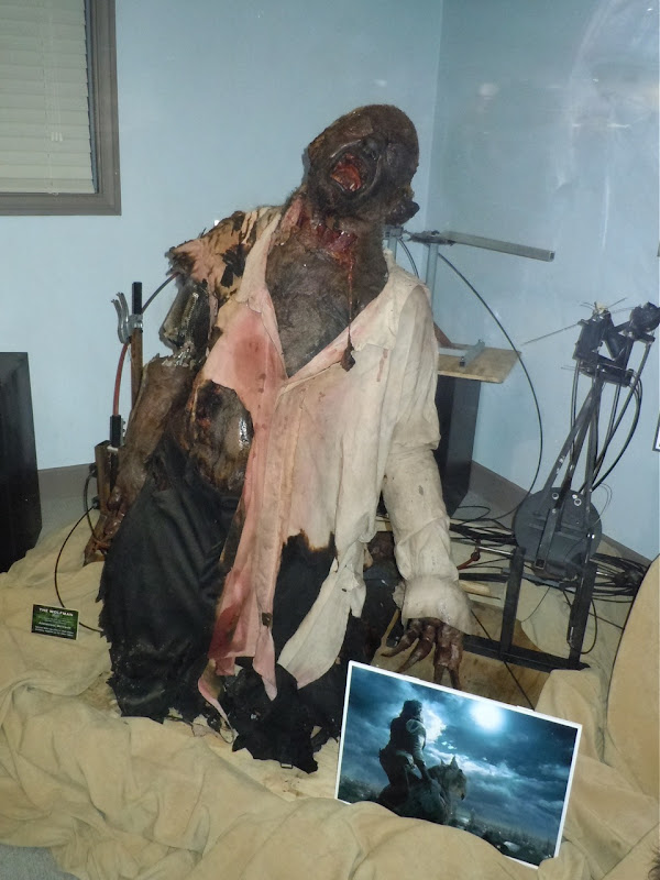 Animatronic Werewolf The Wolfman movie