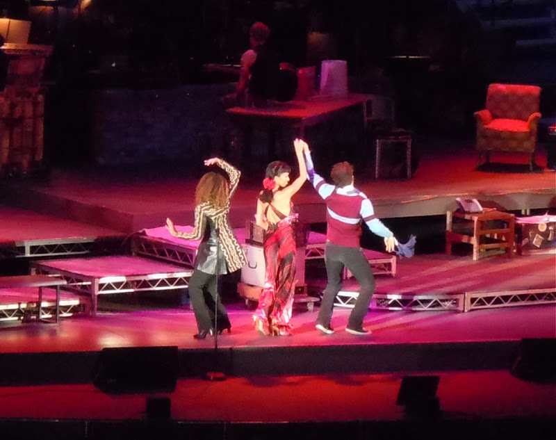 Hollywood Bowl's Tango Maureen in Rent
