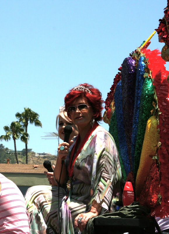 Kelly and Sharon Osbourne LA Pride 2010
