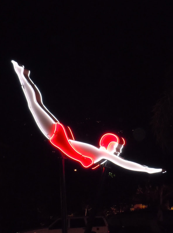 Route 66 Lights night diver