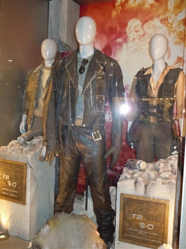 Terminator 2 3D film costumes