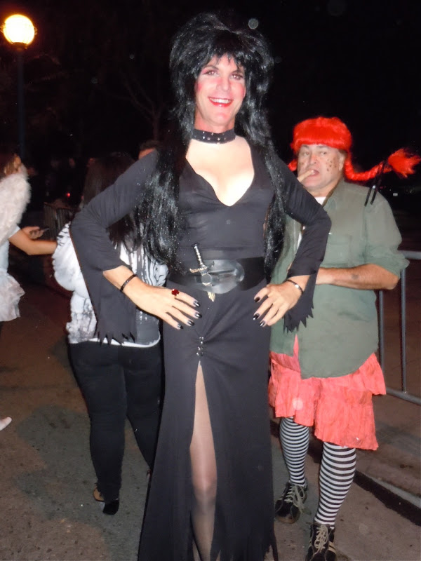 Elvira West Hollywood Halloween Carnaval 2010