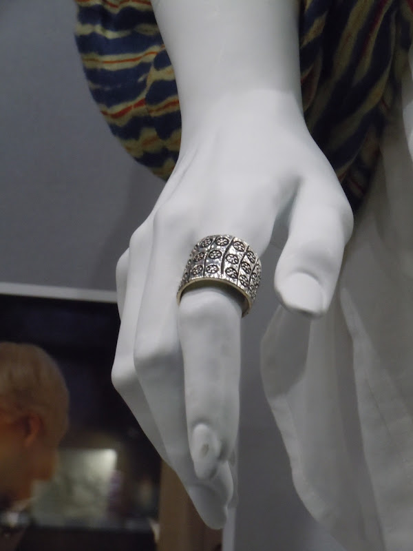 Meryl Streep It's Complicated ring