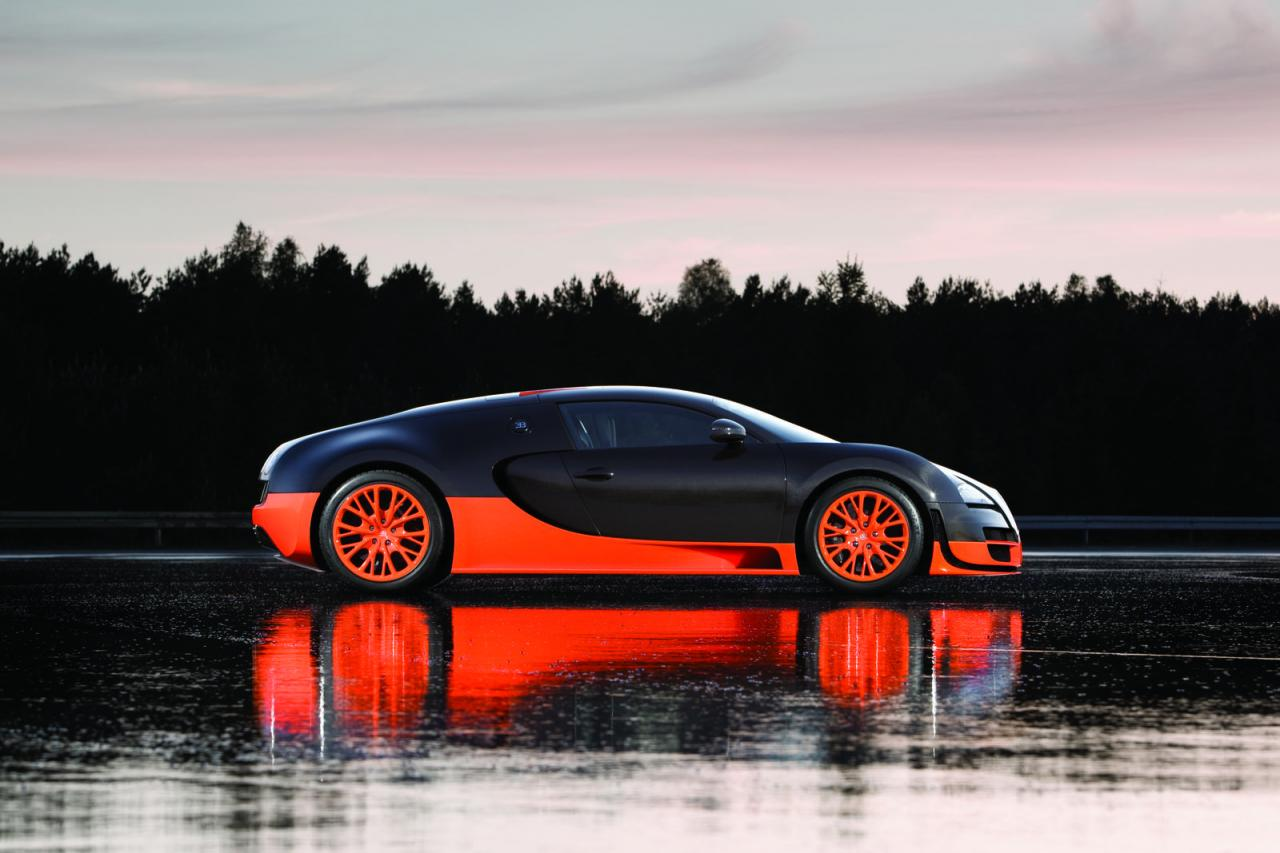 new cars latest 2010 bugatti veyron 16 4 super sport photos. Cars Review. Best American Auto & Cars Review