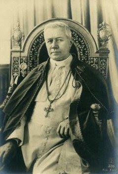 http://4.bp.blogspot.com/_GK9vk5xxaSs/SkG1nIxck6I/AAAAAAAADXE/tLg1B3WvwN8/s400/Pope+St.+Pius+X+(2).jpg