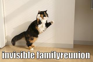 http://4.bp.blogspot.com/_GMdPyeNEG0I/RyQlmRo0H-I/AAAAAAAAABo/V2seMDA07MI/s320/invisible-family-reunion.jpg