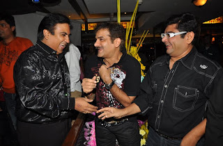 Dilip Joshi JD Majethia Deven Bhojani at 500 episodes celebration party of TMKOC