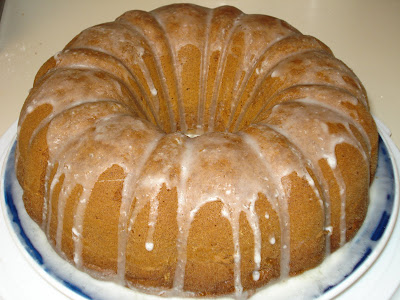 The Wicked Cranberry: Pistachio Bundt Cake, Just Like Mom Used to Make