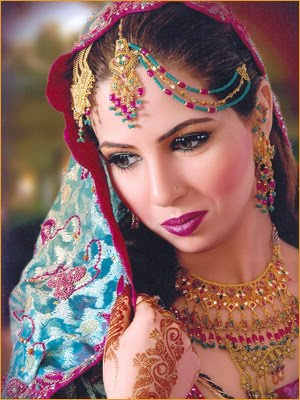 [indian-bridal-makeup-8.jpg]