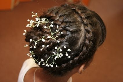 [indian-bridal-hairstyle-6.jpg]