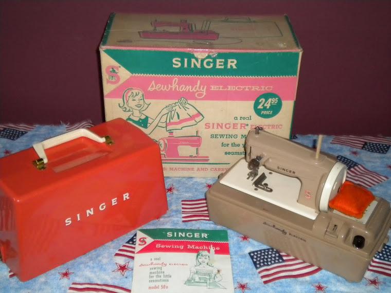 1961 Singer Sewhandy Model 50D