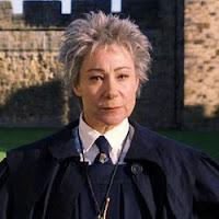 profesores de hogwarts 250px-MadameHooch