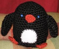 Free crochet amigurumi penguin pattern