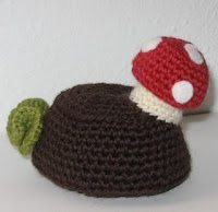 Little stump with mushroom free amigurumi pattern