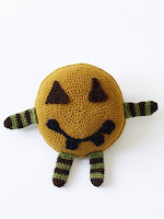 Pumpkin pal free crochet pattern