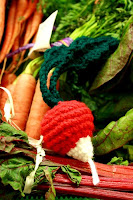 Free radish amigurumi crochet pattern